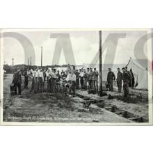 Prent briefkaart mobilisatie 1939 Geniekamp, hoogte 50, Soesterberg Toiletmaken voor het middagmaal