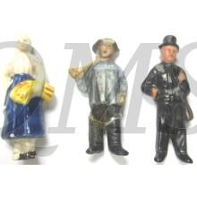 3x WhW Spende abzeichen ceramic Figuren (3 x Donation item WhW ceramic figures)