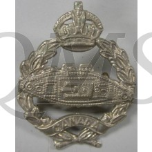 Canadian Armed Forces WW2 era CANADIAN ARMOURED TANK CORPS King's Crown metal cap badge