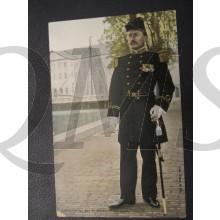 Prent briefkaart 1905 Luitenant ter Zee 1e klasse groot tenue
