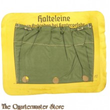 Fach fur Halteleine für Schlauchboot  (German Safety-line pocket for Inflatable lifeboats)