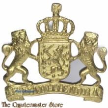 Pet embleem goud kleurig Je Maintiendrai Gemeente/overheid pre 1940