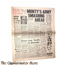 Newspaper, Daily Mirror 1944, Monty's Army smashing ahead