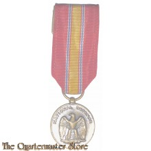 Miniatuur medaille National Defence Service (Miniature medal National Defence Service)