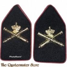 Kraag emblemen Artillerie
