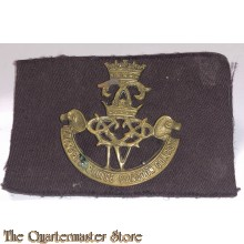 Cap badge The 4th Princess Louise Dragoon Guards WW2 with canvas 5e Division formation patch