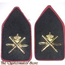 Kraag emblemen luchtdoel Artillerie