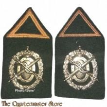 Kraag emblemen Regiment Geneeskundige Troepen opleiding Reserve Officier