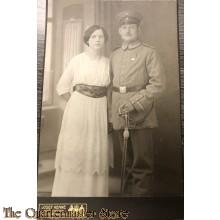 Studio portret soldaat met vrouw WK1