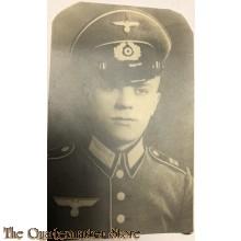 Studio portret WH soldier with visorcap