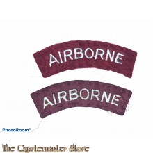 Shoulder titles pair AIRBORNE (arched)