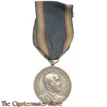 Italy - medal scvole Italiane All'estrero