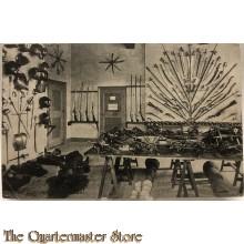 Prent briefkaart 1910 Kasteel Doorwerth, wapenkamer