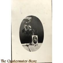 Postkarte foto Kaiser Wilhelm mit Blumen 1915