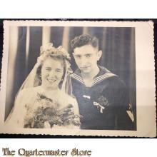 Photo (Mil. Postcard ) Marine angehoriger mit Ehefrau