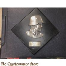 Reichswehr 5 A.R. 5 fotoablum MET plakette  (Photoalbum Reichswehr Artillery with trophy plaque)