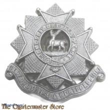 Cap badge Bedfordshire & Hertfordshire Regiment WW2 (Plastic)