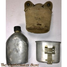 US Army Veldfles M1910 met beker en cup ww2 heruitgereikt (Canteen M1910 reissue with cover and cup)