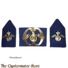 Baret embleem en kraag Regiment Aan en Afvoer troepen (A.A.T)