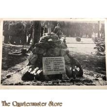 Prent briefkaart 1949 Rhenen, Mil begraafplaats, Grebbe Monument