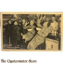 Ansicht mobilisatie 1940 Gelukkig nieuwjaar , proostende soldaten aan de bar