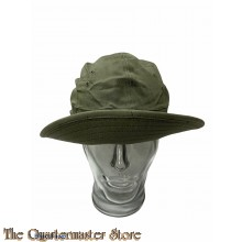 Hat , herringbone twill , 1942 (Daisy Mae)