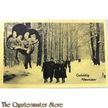 Prent briefkaart  mobilisatie 1939 Gelukkig nieuwjaar 4 soldaten 4 meisjes