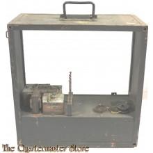 Gehäuse für Wehrmacht Sender (Wooden transport casing for wehrmacht radio)