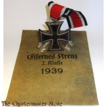 Eisernes Kreuz 1939 2. Klasse mit verleihungs Tüte (Iron Cross 1939 2nd class with enveloppe)
