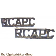Shoulder titles Royal Canadian Army Pay Corps (R.C.A.P.C.) brass