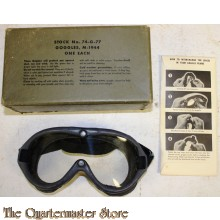 US M1944 GOGGLES IN BOX WITH SPARE LENSES