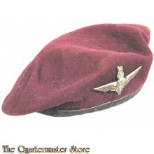 Beret maroon with Parachute Infantry badge