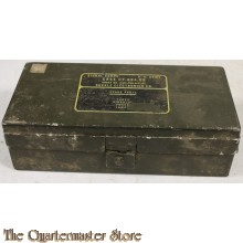 Case Signal Corps radio military tube  CY-684 GR