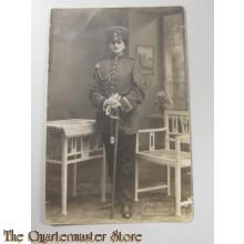 AnsichtsKarte (Mil. Postcard ) studio portret soldier with sabre
