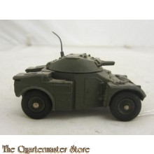 No 814 Panhard AML armoured car (1 Aerial)