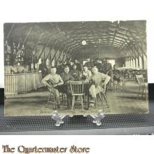 Prent briefkaart 1908 soldaten Cantine Legerplaats Miligen
