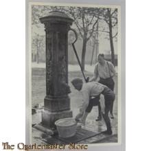Prent briefkaart mobilisatie 1939 Waterpomp