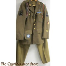 A class four pocket dress tunic for Enlisted mans.