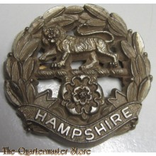 Cap badge Hampshire Regiment economy plastic WW2