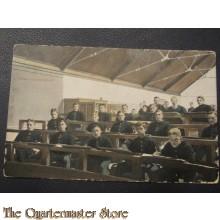Prent briefkaart 1905 Onder het schooluur
