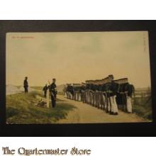 Prent briefkaart 1905 op de appelplaats